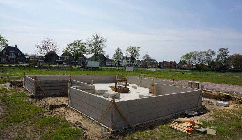 De bouw is gestart bij het Kraakpand te Goor!