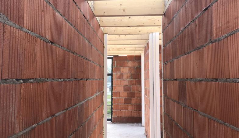 Nieuwe foto's van de bouw van Het Kraakpand te Goor!